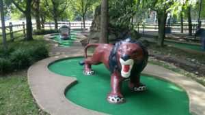 miniature golf lion