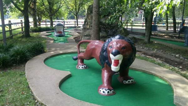 miniature golf lion