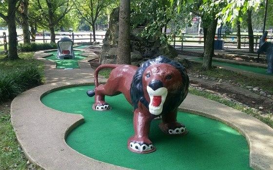 Miniature golf in Newark, Delaware