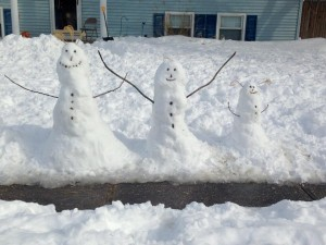 Snowman family by Amy